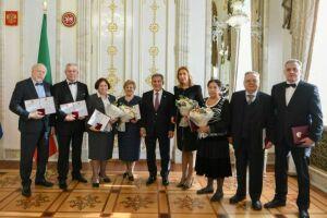 Рустам Минниханов вручил Государственные премии РТ в области науки и техники