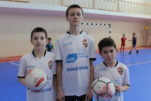 Игроки «ЦСКА» провели мастер-класс для юных футболистов Татарстана