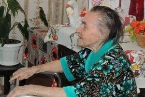 В Пестречинском районе исполнила свой гражданский долг 102-летняя избирательница