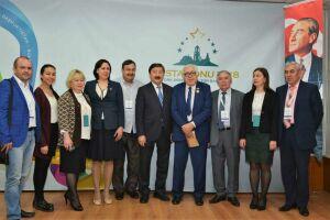 В турецком Кастамону наградили татарского писателя Зиннура Мансурова