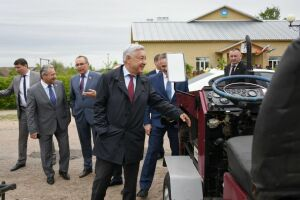 Фарид Мухаметшин предложил задуматься о страховании сельского бизнеса