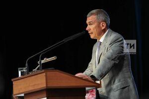 Минниханов поручил обеспечить контроль качества строящихся в РТ объектов