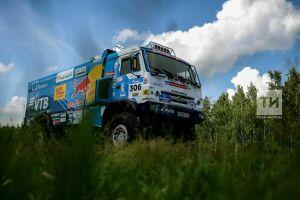 Сотников остался лидером зачета грузовиков после третьего этапа «Шелкового пути-2018»