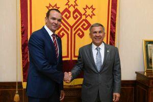 Рустама Минниханова наградили орденом «За заслуги перед Чувашской Республикой»