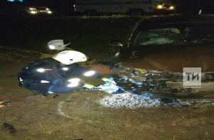В Тукаевском районе РТ опрокинувшаяся иномарка раздавила водителя, вылетевшего в лобовое стекло