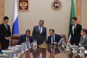 КНИТУ-КХТИ подписал соглашение о сотрудничестве с Российским химико-технологическим университетом