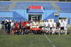 Полицейские Казани сыграли в футбол в память о погибших при исполнении сотрудниках ППС