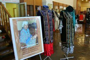 В Казани открылась выставка мастера национальной вышивки Флеры Калмурзиной