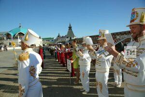 На фестиваль «Фанфары Казани» в город приедут туристические группы из Йошкар-Олы и Самары