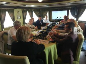 Круглый стол по вопросам ресоциализации зависимых в Казани: Диван – это путь к смерти