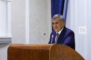 Минниханов стал лидером медиарейтинга среди глав регионов ПФО