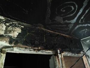 В Нижнекамске начали собирать вещи для мальчика, спасшего из горящей квартиры собаку и кошку