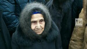 90-летняя сестра Ильгама Шакирова: От его пения овдовевшие в годы войны женщины плакали навзрыд