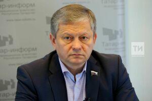 Депутаты от Татарстана поддержали в Госдуме закон о защите счетов с пенсиями и пособиями