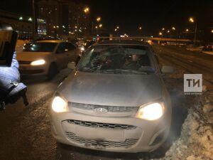 В Ново-Савиновском районе Казани пожилой мужчина попал под колеса авто