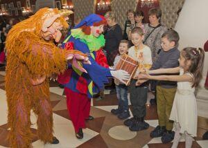 В театре кукол «Экият» с успехом завершились новогодние представления