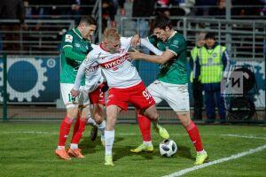 «КАМАЗ» сыграл вничью в«домашнем» матче вИжевске