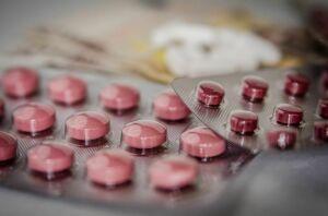 Правительство РФ расширило перечень жизненно важных препаратов на 23 позиции