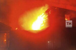 В Татарстане сосед вынес из огня младенца, бабушка малышки погибла