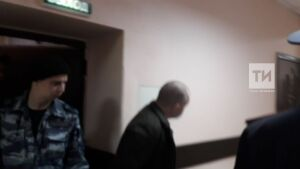 За развращение двоих мальчиков перед судом предстал житель Казани