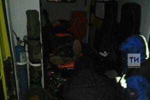 Помощь спасателей потребовалась упавшему в погреб пожилому жителю Казани