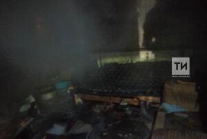 На ночном пожаре в Лениногорске обнаружили тело пожилого мужчины
