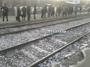 На остановке «Глушко» в Казани из-за разрыва рельса встали трамваи