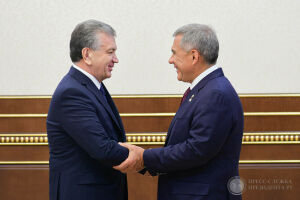 Президент Узбекистана ставит Татарстан в пример и призывает изучать опыт республики