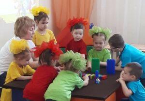 В детсаду Бугульмы открылись «Фикси лаборатории», где дети создали мини-музей часов