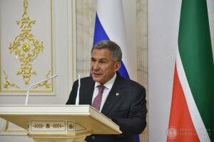 Президент РТ вручил госнаграды выдающимся деятелям культуры и искусства