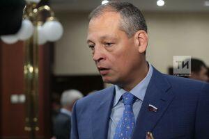 Татарстанский депутат ГД Айрат Хайруллин лидирует по количеству принятых граждан