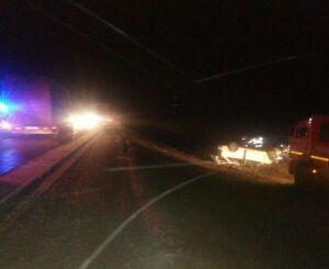 На трассе Казань – Оренбург легковушка влетела под фуру, погибли два человека