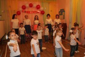 Нурлатский детсад «Колокольчик» отпраздновал 60-летний юбилей