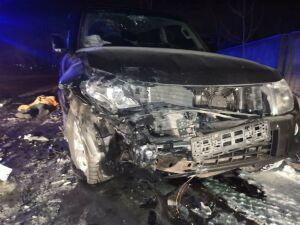 В Челнах внедорожник на перекрестке протаранил «Ладу», погибла пассажирка легковушки