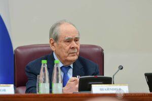 Минтимер Шаймиев: «Подготовить учебники на национальных языках – целая проблема»