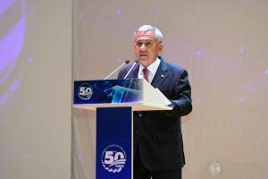Минниханов вручил коллективу КАМАЗа орден «За заслуги перед Республикой Татарстан»