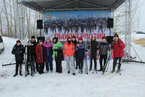Более 300 жителей Лаишевского района вышли на «Лыжню России 2019»