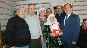 Бабушка-тракторист из Бурундуков Кайбицкого района отпраздновала 90-летие