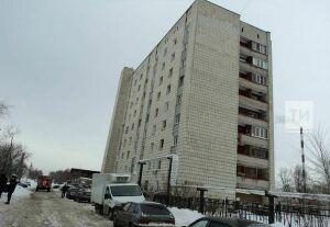 В казанских Дербышках из горящей девятиэтажки спасли шесть человек
