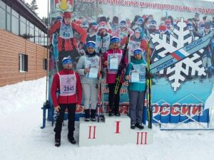 Более 700 детей и взрослых встали на лыжи в Пестречинском районе РТ