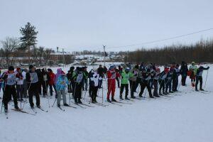 Жители Кукмора приняли участие в массовых лыжных гонках «Лыжня Татарстана 2019»