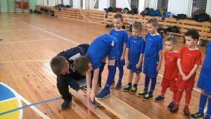 Юным высокогорским футболистам вручили значки фестиваля «Юный ГТОшник»