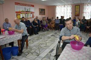 Обитатели интерната для престарелых в Верхнем Услоне посоревновались в знаниях