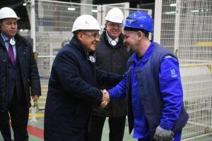 Минниханов посетил производственные площадки КАМАЗа и отдел полиции в Набережных Челнах
