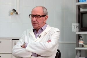 Казань простилась с известным всей России врачом и бардом Владимиром Муравьевым