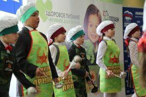 В Столбищенской школе стартовала всероссийская акция «Здоровое питание – активное долголетие»