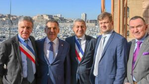 Рустам Минниханов пригласил французский бизнес сотрудничать сТатарстаном