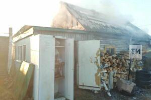 Житель Сарманово получил серьезные ожоги на пожаре в бане