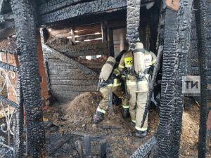 Житель Зеленодольска госпитализирован с ожогами 90% тела после пожара в частном доме
