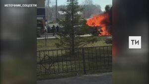 На видео попало, как в Казани на ходу вспыхнула «ГАЗель»
